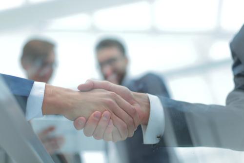 como-convidar-uma-empresa-para-uma-parceria